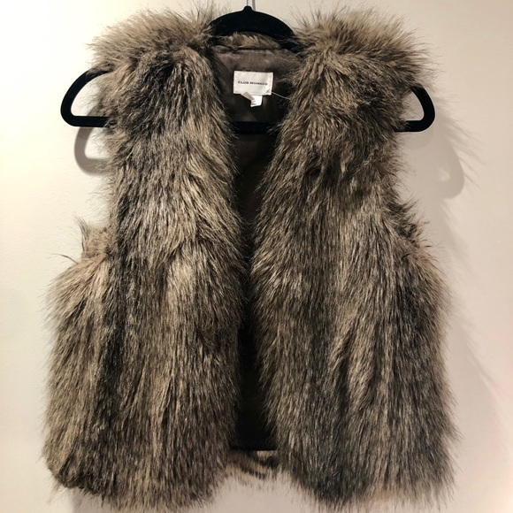 Club Monaco Jackets & Blazers - CLUB MONACO faux fur 'Matilda' vest NWT